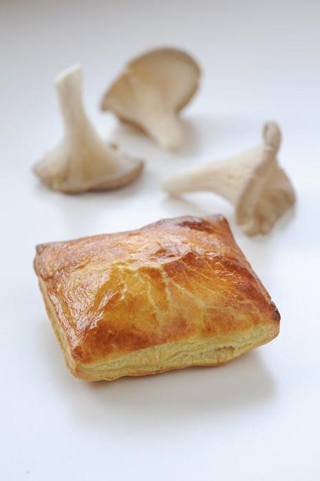 Gro oesterzwamragoutbroodje (125g)