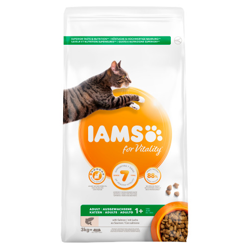 Iams Adult 1+ Years with Salmon 3 kg (3kg)